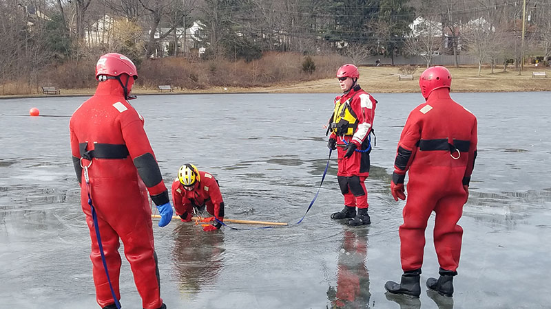rescue-products-international-ice-rescue-training-jan-2018-21.jpg